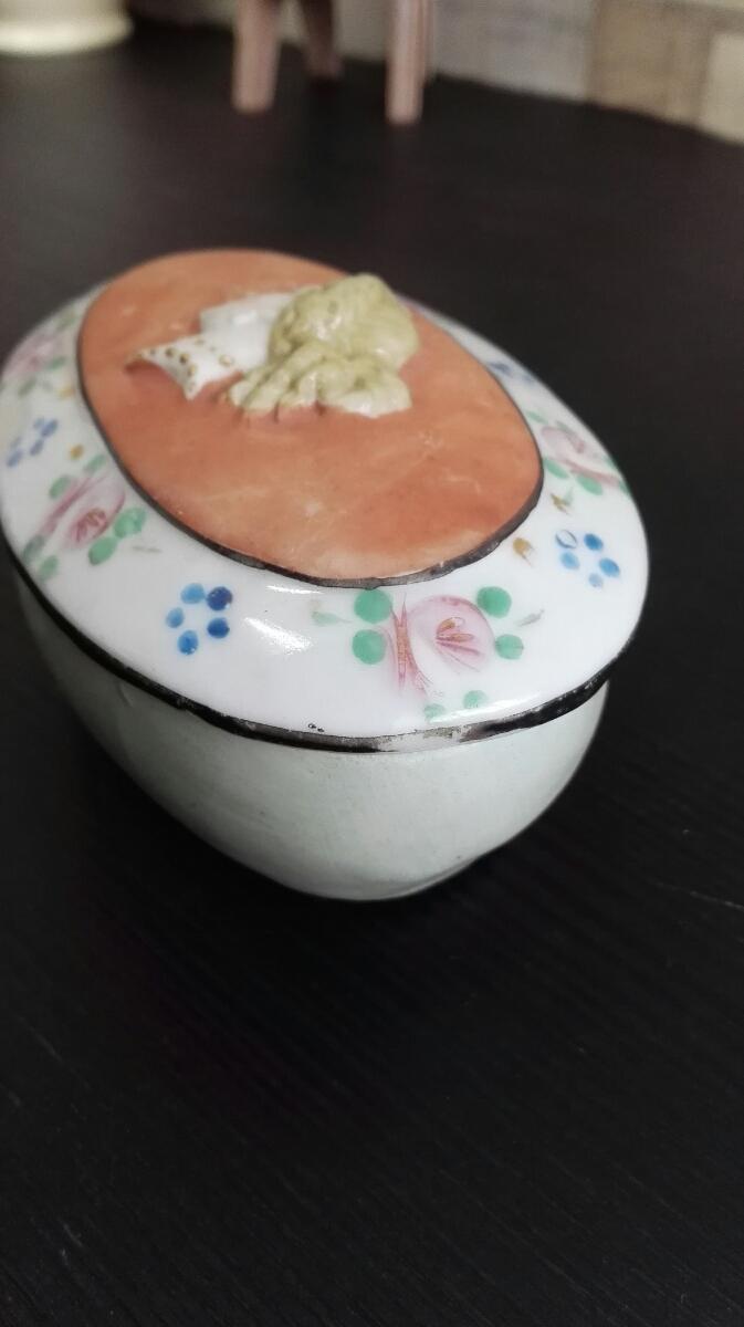 アンティーク ヴィンテージ 小物入れ 陶磁器 蓋付き 人物顔 ミントグリーン M-434★10_画像3