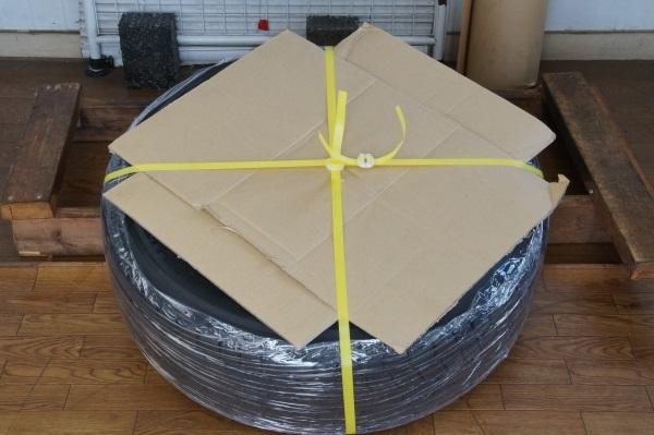 お買い得品アルミセット CYBER 6.5JX16 ヨコハマ IG30 195/60R16 4本セット 送料全国一律 宮城県名取市~_この様に梱包して発送致します