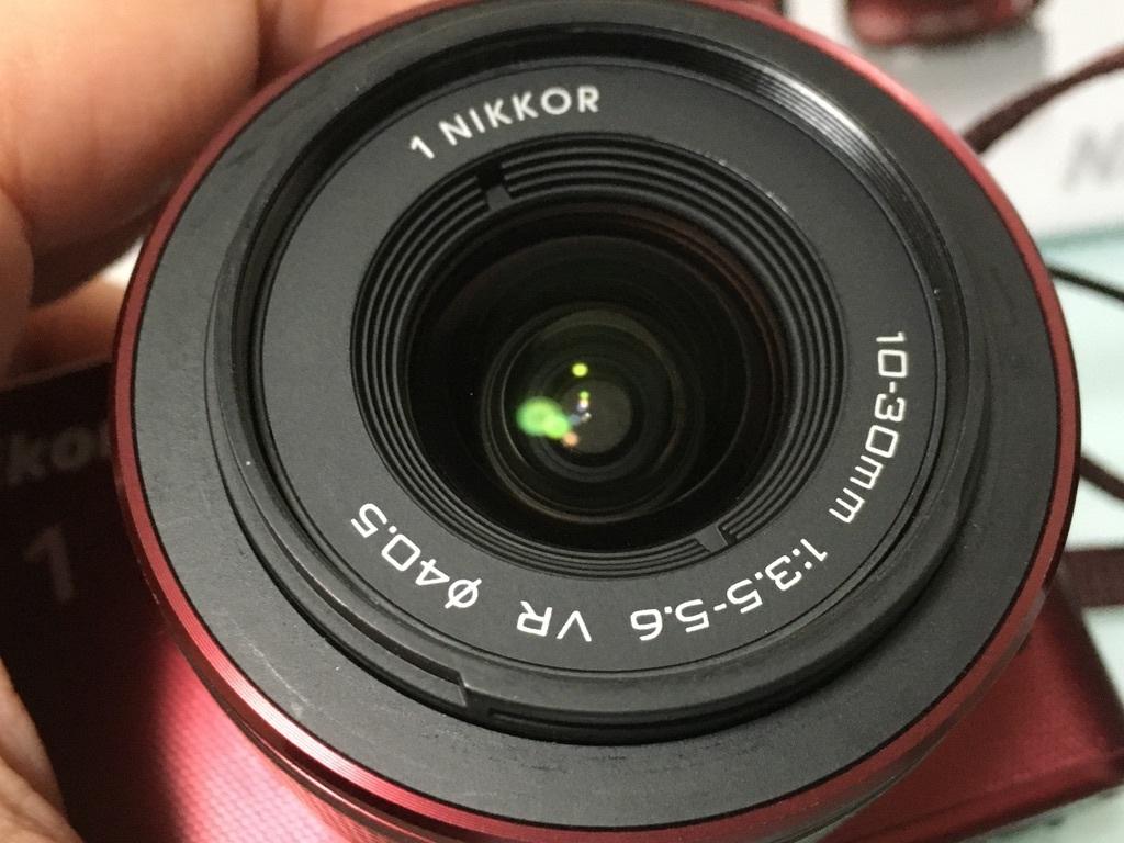 Nikon1 J2 ダブルズームキット(30-110mm F3.8-5.6 VR/10-30mm F3.5-5.6 VR) レッド ミラーレス一眼 SDカード付き 動作良好_画像4
