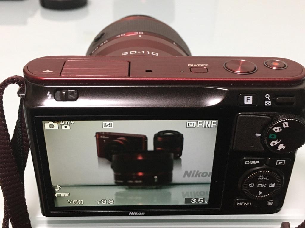 Nikon1 J2 ダブルズームキット(30-110mm F3.8-5.6 VR/10-30mm F3.5-5.6 VR) レッド ミラーレス一眼 SDカード付き 動作良好_画像6