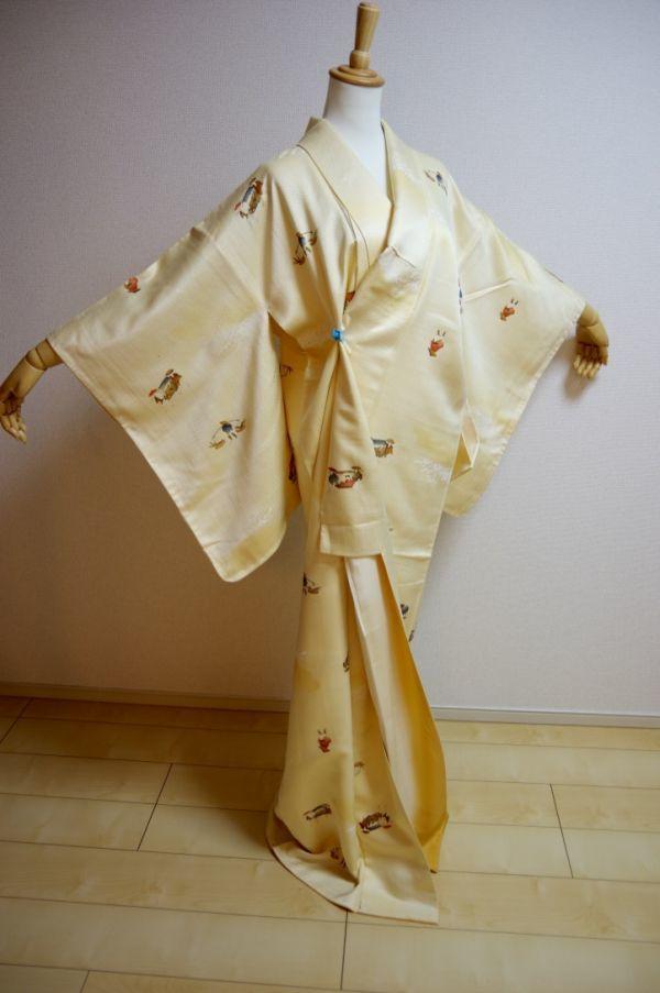 着物 A442 絹 中古 小紋 美品 KIMONO お茶会 身丈 159cm 裄 63.5cm