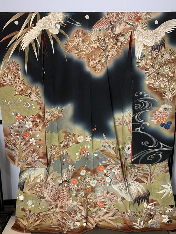 きものさらさ アンティーク着物 黒振袖 鶴 日本刺繍 婚礼 成人式 正絹 花嫁衣裳 大正ロマン ヴィンテージ 古裂_画像2