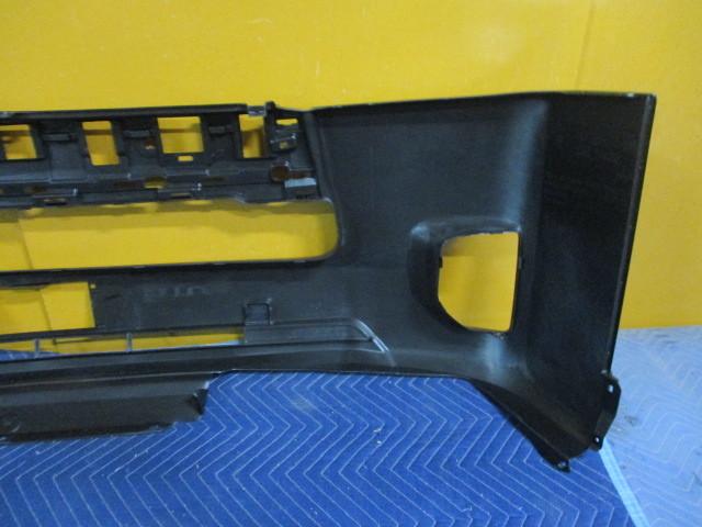 社外 未使用品 TRH200V ハイエース 中期 4型 フロントバンパカバー TY0453001 参考ナンバー 52119-26650 (フロントバンパー) (BA-6616)_画像7