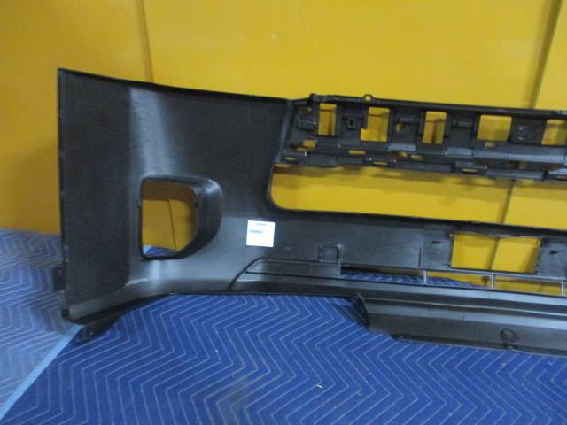 社外 未使用品 TRH200V ハイエース 中期 4型 フロントバンパカバー TY0453001 参考ナンバー 52119-26650 (フロントバンパー) (BA-6616)_画像6