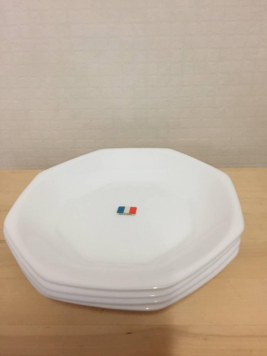 ヤマザキ☆パン祭り☆白いお皿・4枚セット☆地域限定宅配便送料無料_画像1