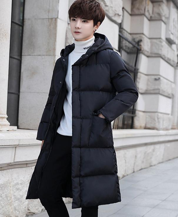 中丈の長い冬の綿の衣服の男韓版のinsのゆったりしてかっこいい過過膝の厚い厚い連帽の羽毛の綿の服の青年の綿の上着 L140