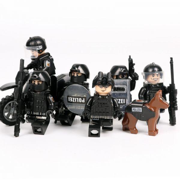 MOC LEGO レゴ ブロック 互換 SWAT 特殊部隊 アンチテロ部隊 カスタム ミニフィグ 6体セット 大量武器・装備・兵器付き D225_画像3