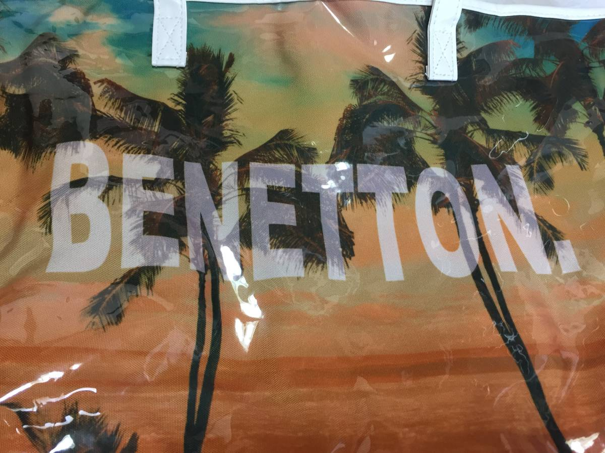 【送料無料の新品未使用ベネトンのスイムバッグ!訳アリのため998円即決出品!】海・プール・GYM・雨用バッグ等幅広くご利用可能なデザイン_画像8