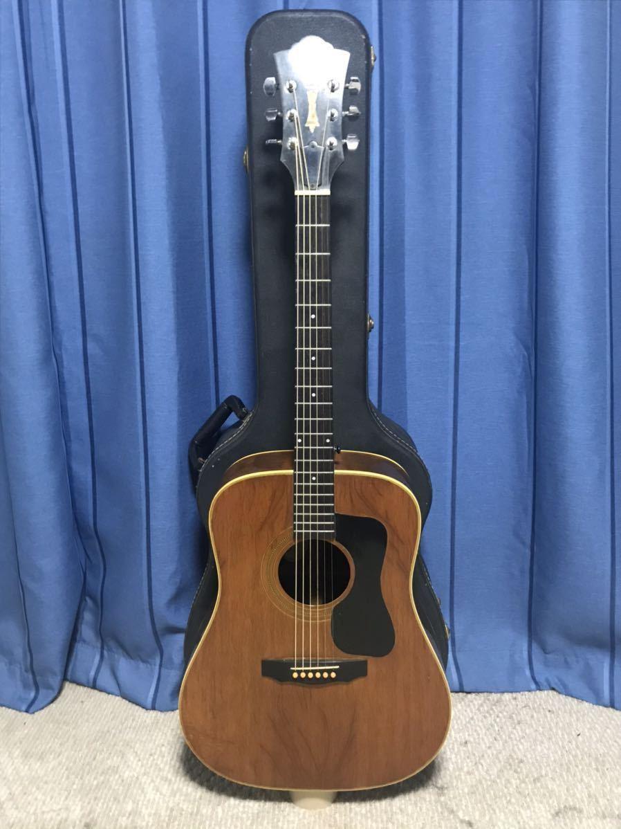 GUILD アコースティックギター MADE IN USA MODEL おそらくD52NT? ジャンク扱い ケース付き シリアルLL100144