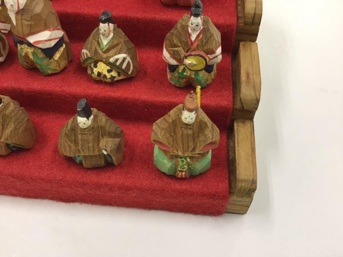 古い一刀彫★十五人揃いの雛人形★ガラスケース段付 豆雛 欠損なし 1.5cm_画像4