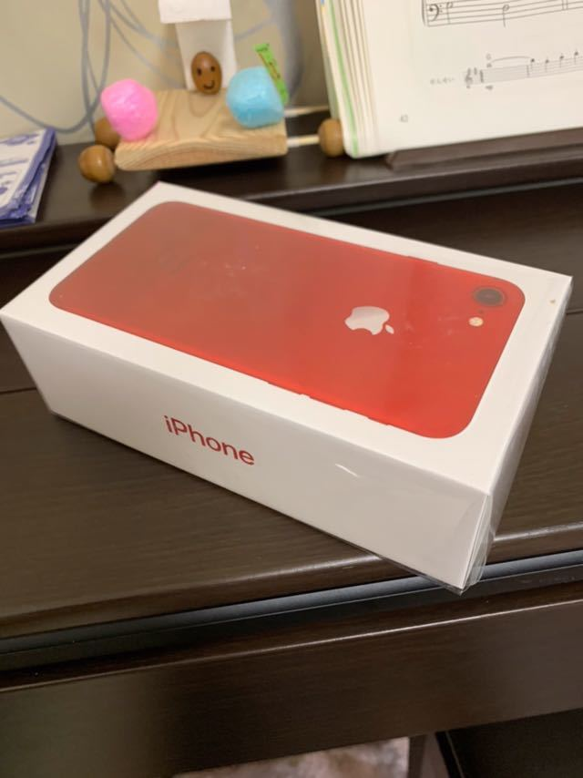 新品未開封 海外SIMフリー カメラシャッター音なし レッド iPhone7 Apple 128GB A1660_画像2
