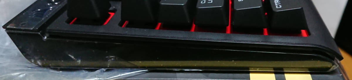 CORSAIR社製/ STRAFE メカニカルゲーミングキーボード ― CHERRY MX ブルー (JP) -SKU CH9000226-JP-_画像6