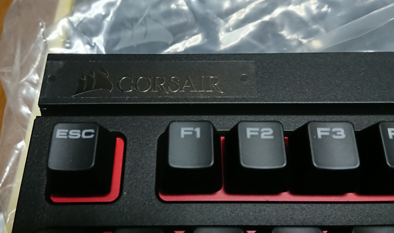 CORSAIR社製/ STRAFE メカニカルゲーミングキーボード ― CHERRY MX ブルー (JP) -SKU CH9000226-JP-_画像7