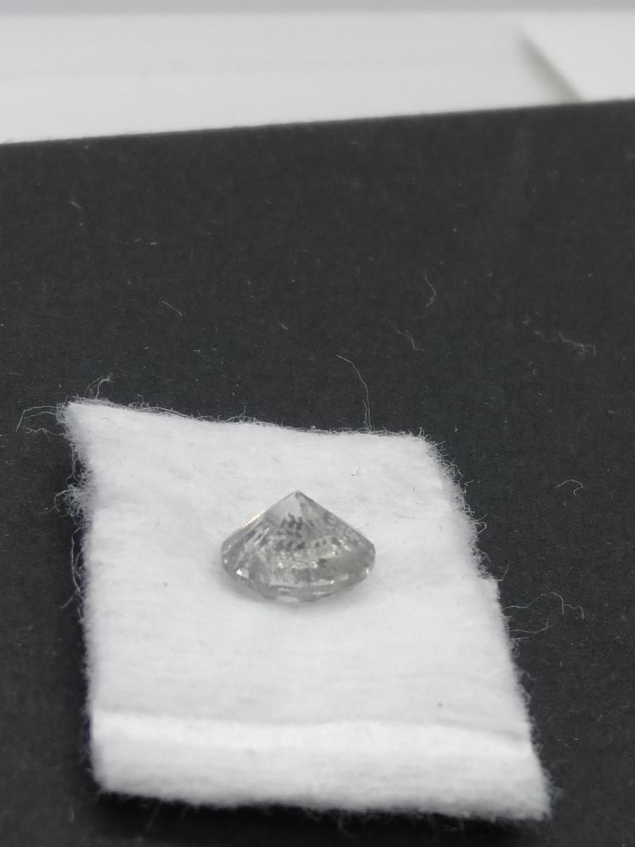 ルースダイヤ 裸石 1.5ct以上 無色 ソーティング無し ダイヤモンド リング 指輪 ペンダント_画像3