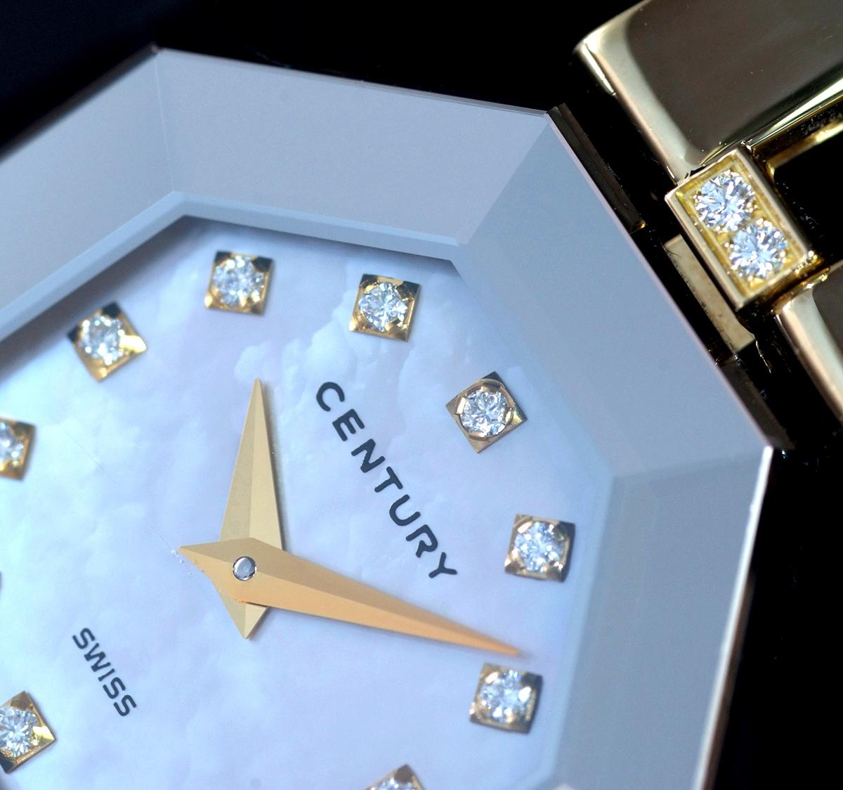 E9768【CENTURY】センチュリー 純正ダイヤモンド 最高級18金無垢セレブリティレディQZ 腕周り16cm 重量61.31g ケース幅22.7mm
