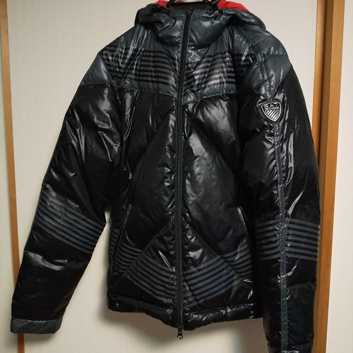 エンポリオ アルマーニ EMPORIO ARMANI 古着 M サイズ ダウンジャケット ブルゾン ジョルジオ 正規品 EA7 モンクレール MONCLER