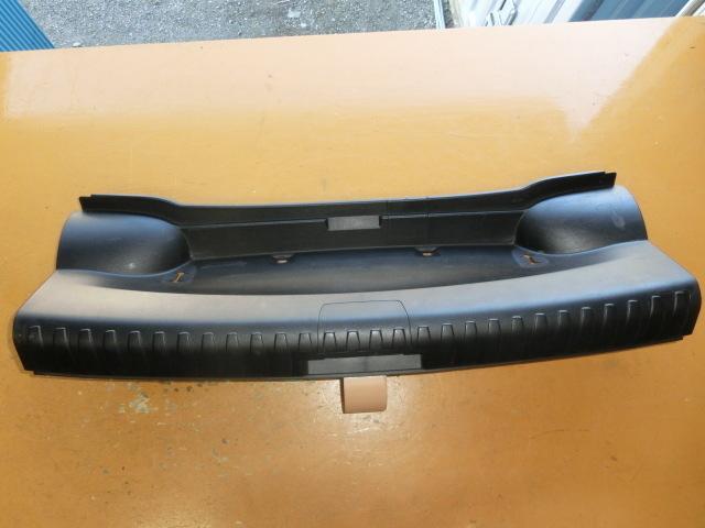 BMW 116i バックドア トリム 平成23年 後期 LBA-UE16 内張り リアゲート E87 2011y_画像1