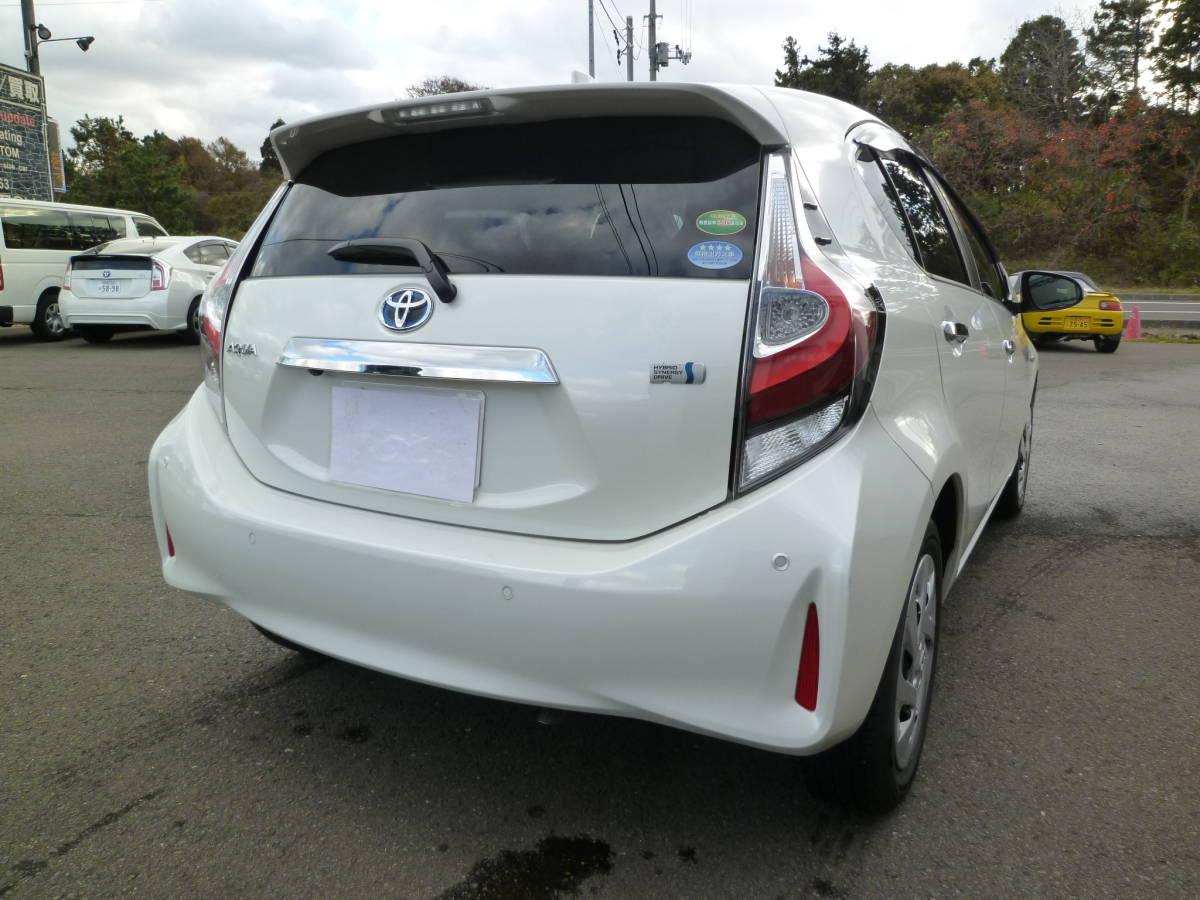 「平成31年式 アクア S スタイルブラック パール SDナビ 地デジ セーフティーセンス メーカー保証継承可 寒冷地仕様 6000キロ」の画像2
