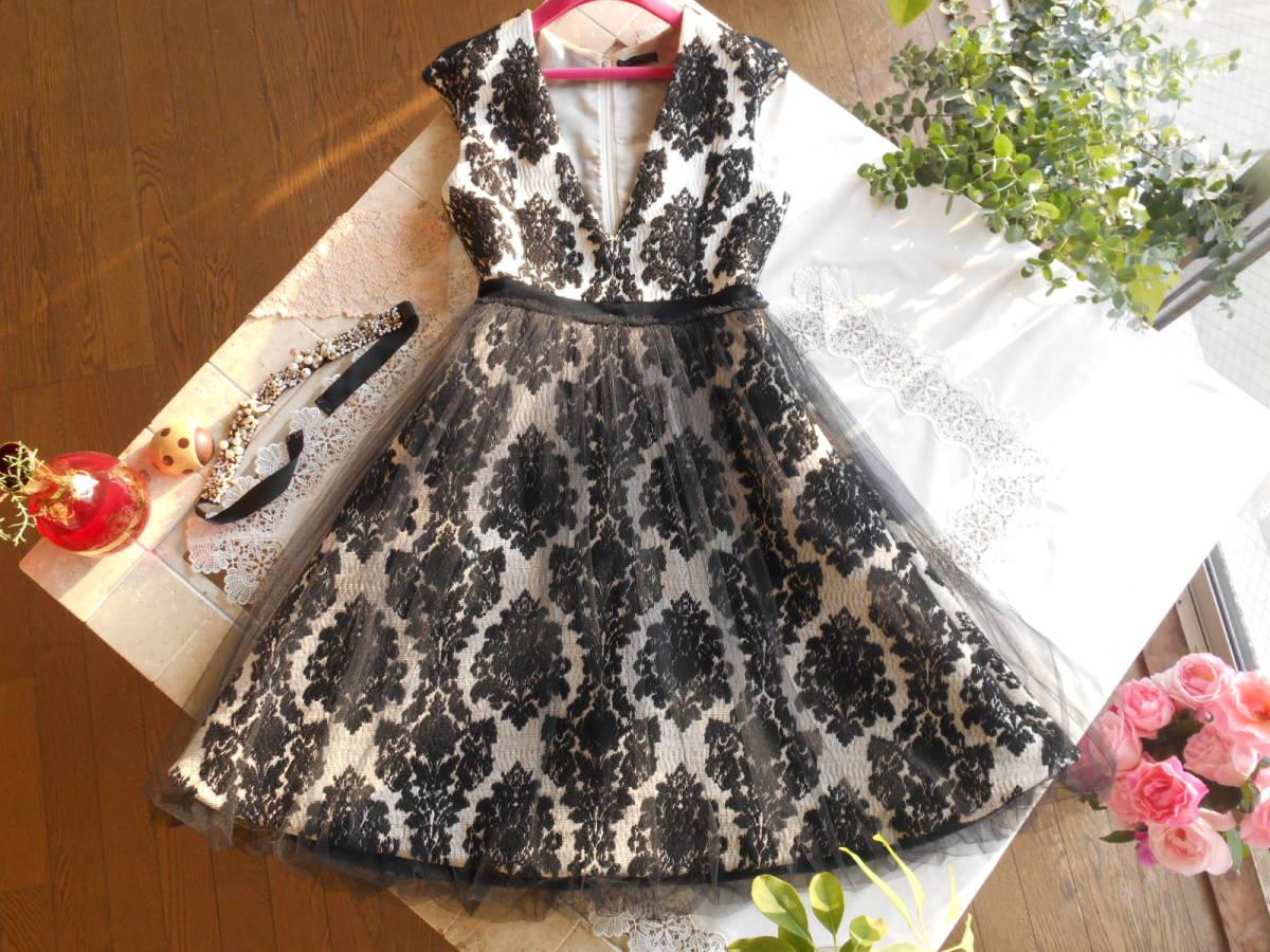 ふっかり豪華ジャカード織りのお姫様ドレス