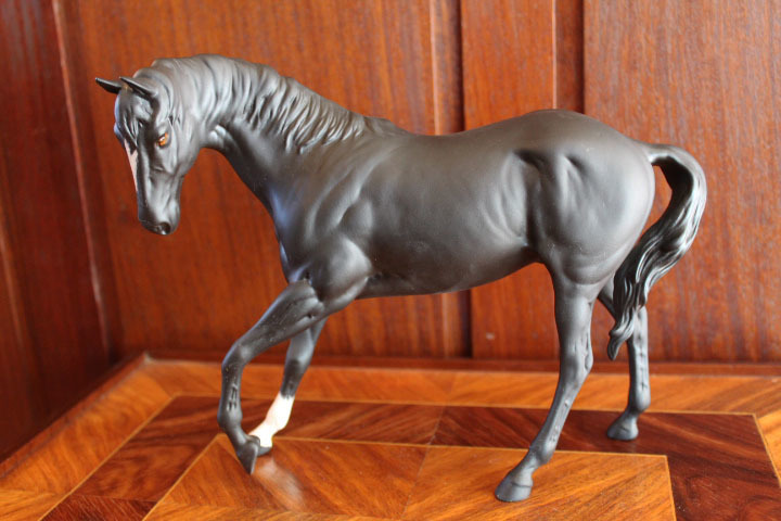 【ロイヤルドルトン】ブラックホース 黒い馬 フィギュリン 人形 置物_画像10