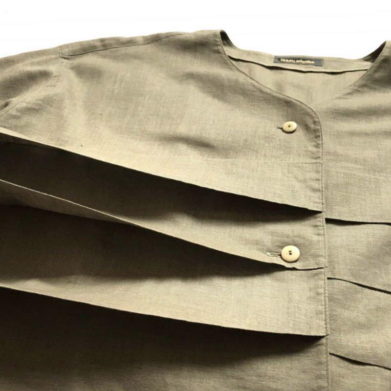 希少80s ISSEY MIYAKE イッセイミヤケ 初期 デザインノーカラーシャツ 半袖シャツ カーキ オリーブ ベージュ 緑 茶 古着ビンテージ ML 美品_画像4