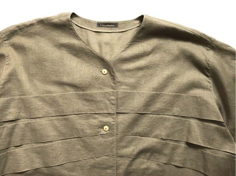 希少80s ISSEY MIYAKE イッセイミヤケ 初期 デザインノーカラーシャツ 半袖シャツ カーキ オリーブ ベージュ 緑 茶 古着ビンテージ ML 美品_画像3