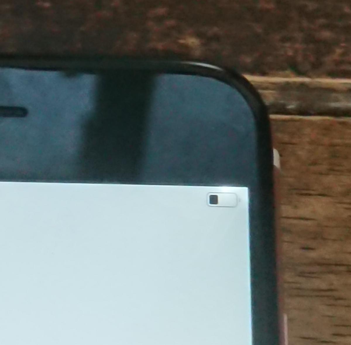 iPhone6s用Apple純正液晶パネル/フロントパネル軽度光漏れジャンク品扱いA_画像2