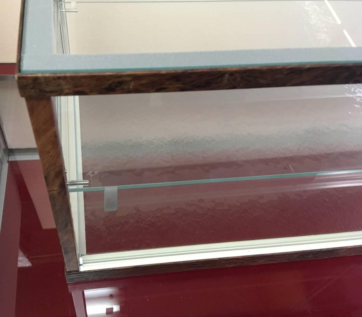 アンティーク調ガラスケース ショーケース 幅75㎝高さ28.5㎝ コレクションケースにも_画像5