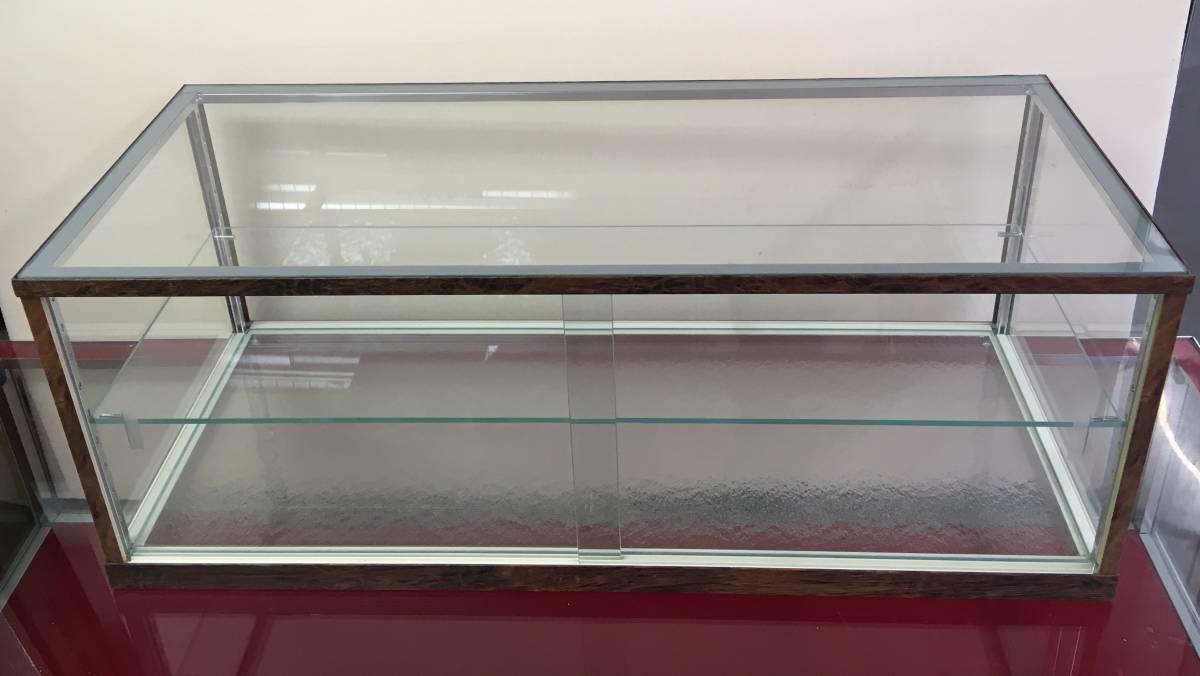 アンティーク調ガラスケース ショーケース 幅75㎝高さ28.5㎝ コレクションケースにも_画像3