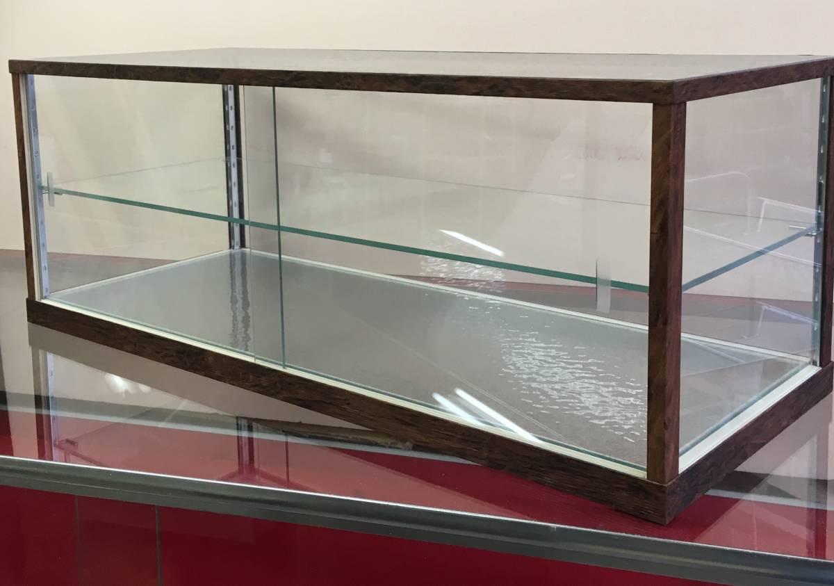アンティーク調ガラスケース ショーケース 幅75㎝高さ28.5㎝ コレクションケースにも_画像1