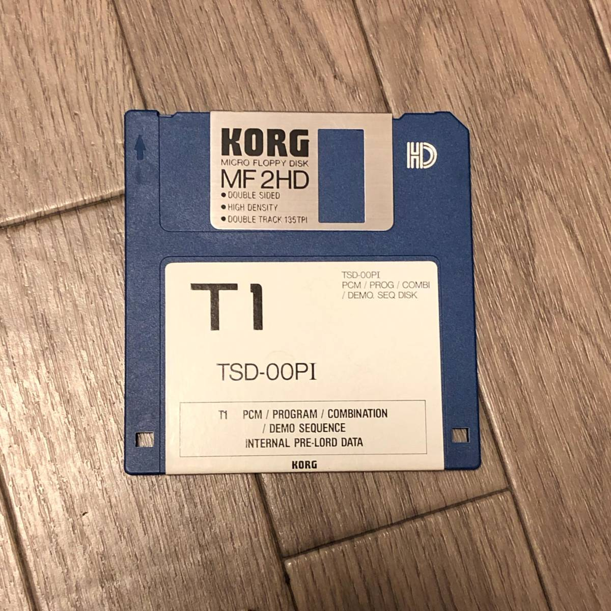 ★KORG TSD-00PI KORG T1用インターナルプリロードデータディスク_画像1
