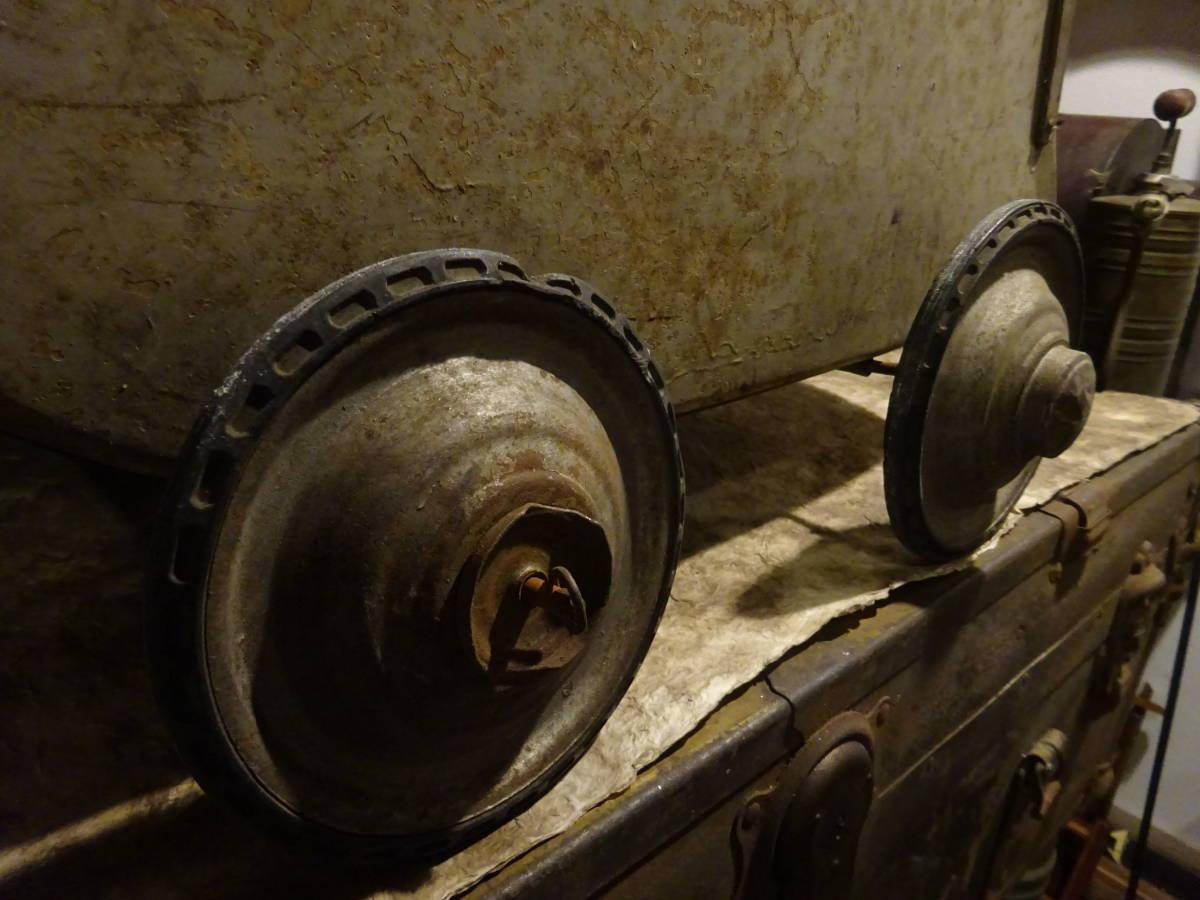 【フランス蚤の市ブリキ手押し車】英国アンティーク荷車リヤカーカート四輪車ベビーカーガーデニング古道具インテリアインダストリアル骨董_画像8