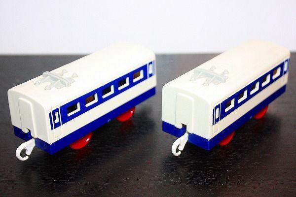 即決 0系 新幹線 中間車 2両セット プラレール_画像1