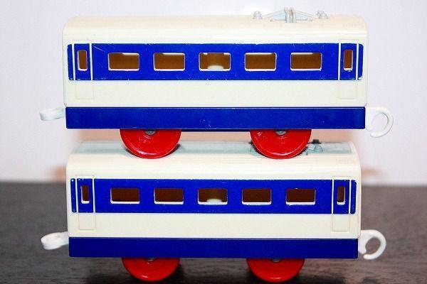 即決 0系 新幹線 中間車 2両セット プラレール_画像3