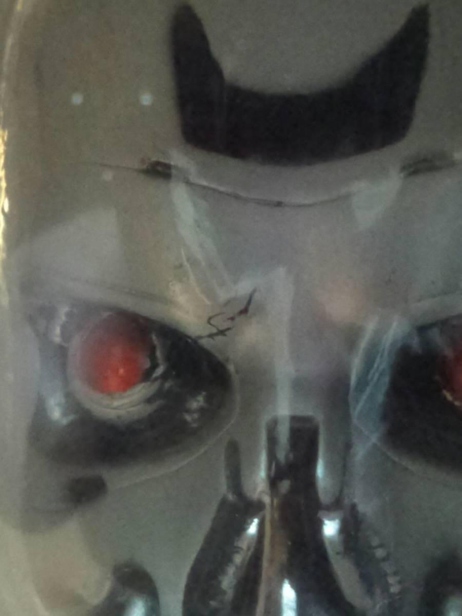 ターミネーター T-800 エンドスカル(新起動 ジェニシス 1/2サイズ ブルーレイオマケ) 検:Terminator Dark Fate エンドスケルトン_右目の部分、汚れかな?黒い筋があります。