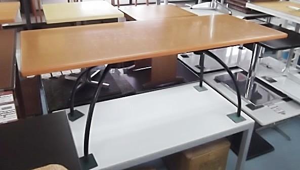 ★ ディスプレイテーブル W180xD70xH70cm 長方形 大型 ヒカリ 業務用 店舗 用品 什器 陳列 ディスプレイ 売り 台 テーブル 中古 ★._画像1