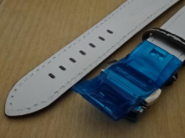 腕時計用ベルト Dバックル カーボン柄ラバー 裏面レザー 20mm 黒/白ステッチ ブラック/ホワイトステッチ バンド_画像5