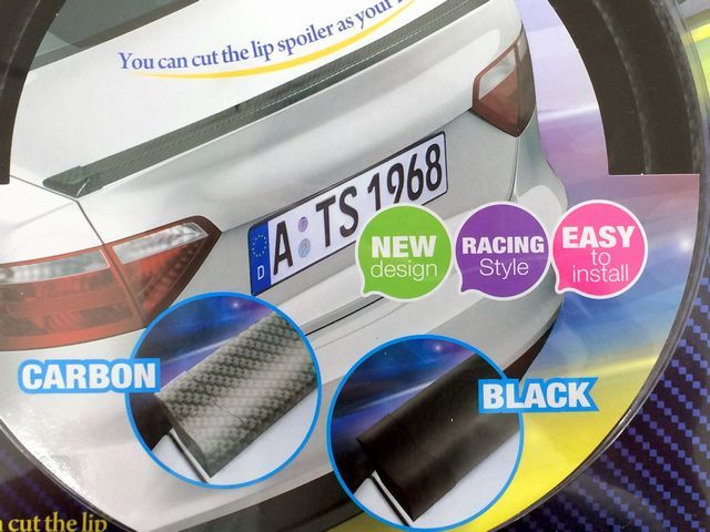 汎用 リアスポイラー ブラック 黒 トランク ルーフ ボンネット 132cm カット サイズ調整 可能 エンドキャップ付 エアロ 空力 リアウイング_画像1