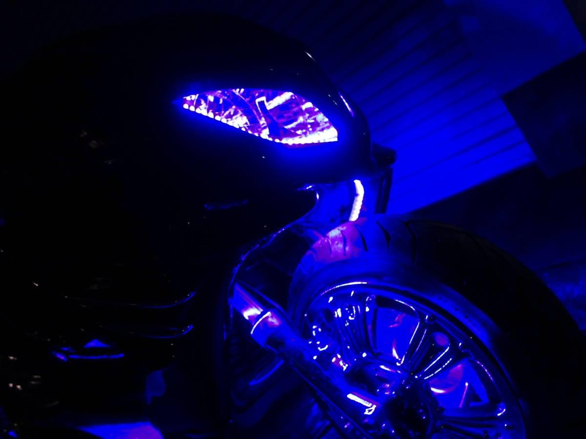 「 ヤマハ マジェスティC オールブラック・ブルーLED・4スピーカー・カーオーディオ・ウーハーシステム」の画像2