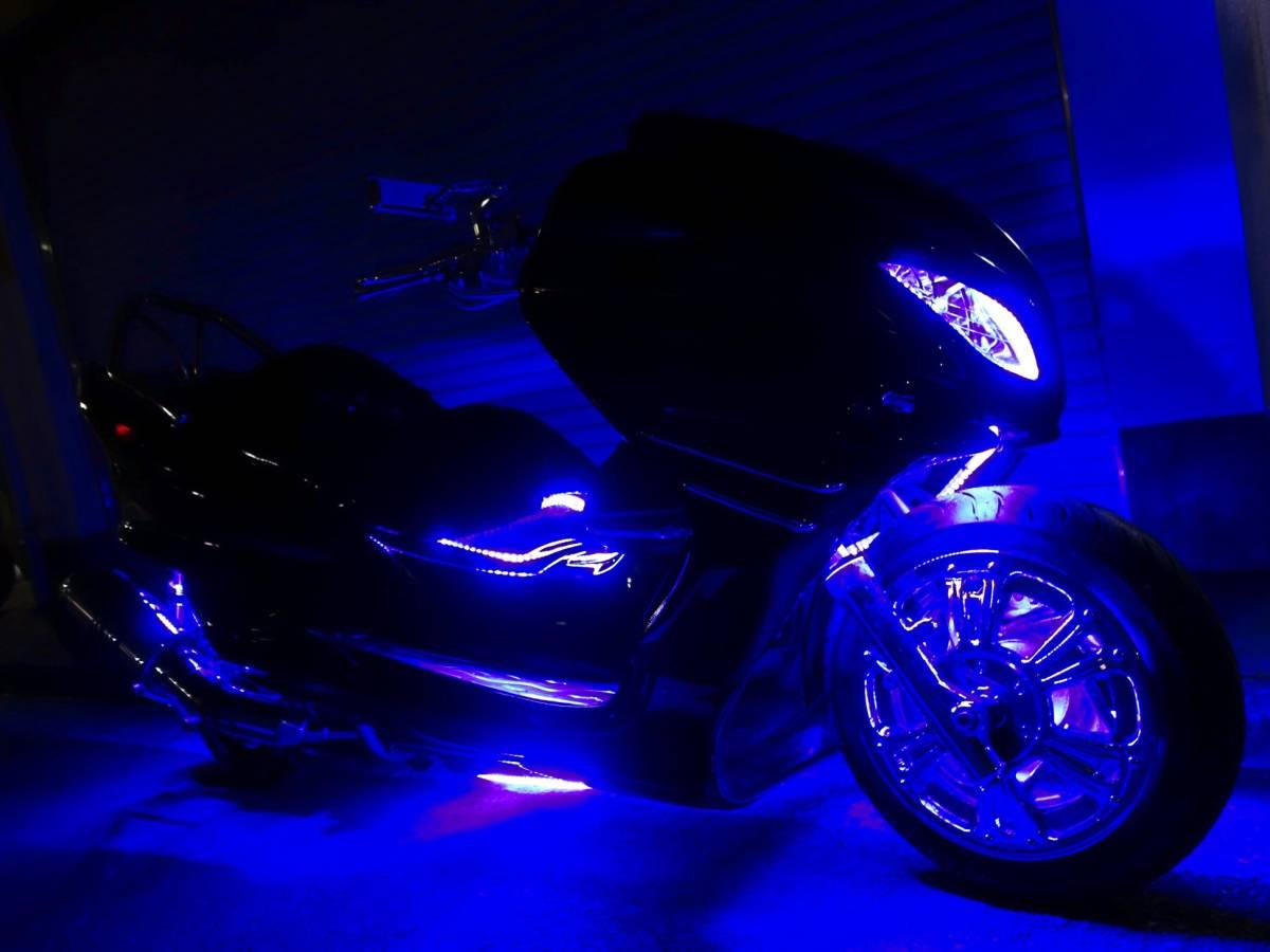 「 ヤマハ マジェスティC オールブラック・ブルーLED・4スピーカー・カーオーディオ・ウーハーシステム」の画像1