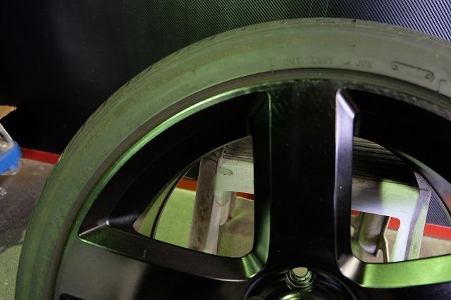 ダッジ マグナム SRT8 純正 20インチ アルミ・タイヤ4本セット (ブラック塗装)チャレンジャー チャージャー 300 300C 等_画像8