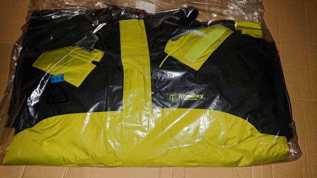 送料無料 リバレイ RL ソリッドウィンタースーツ 6361 BLK/ライム 3L 新品 防寒 防水 ウィンタースーツ_画像2