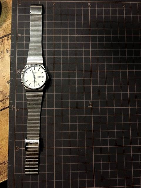 KK111 稀少 レア ヴィンテージ SEIKO/セイコー emblem エンブレム デイデイト AUTO 5606-8080 ホワイト系文字盤 自動巻 メンズ 腕時計_画像2