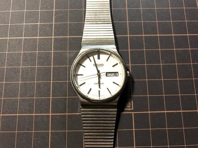 KK111 稀少 レア ヴィンテージ SEIKO/セイコー emblem エンブレム デイデイト AUTO 5606-8080 ホワイト系文字盤 自動巻 メンズ 腕時計_画像3