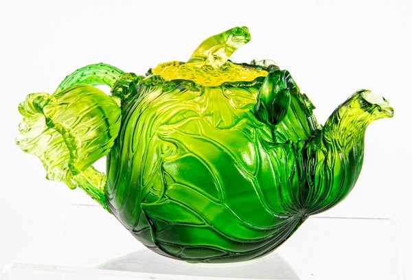 琉園 王侠軍 tittot 琉璃ガラス 蓮葉文蛙摘急須型蓋物 箱付 カエル 蓮の葉