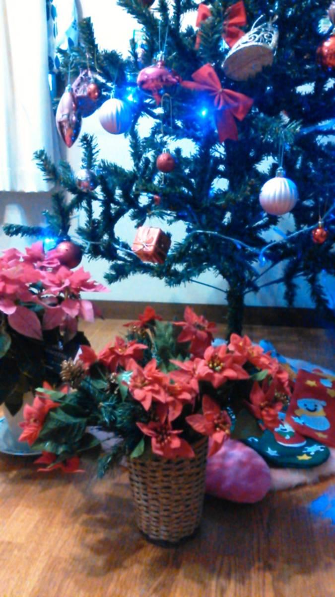 可愛い♪ポインセチア大量クリスマス花飾りフラワーデコ手作りウェディングパーティーDIYハンドメイド結婚式ツリー造花オーナメントリース_一番手前ポインセチア赤の出品です♪