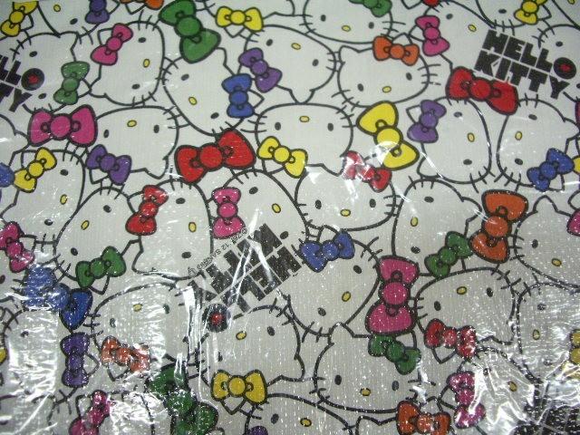 ラスト!!◆新品◆ハローキティ 2012年製◆スーツケース キャリーバッグ カバー◆S 機内持ち込み可能サイズ対応_画像2