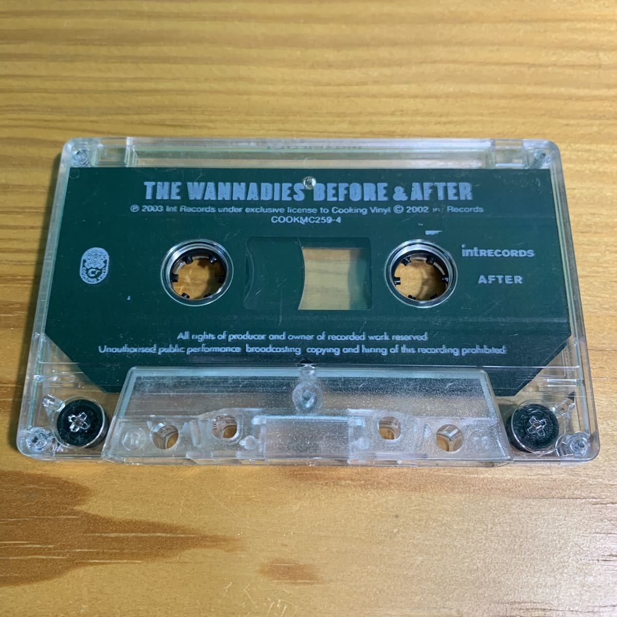 The Wannadies「Before & After」カセットテープ 輸入盤 正規品 OFFICIAL アナログ ワナダイズ ギターポップ パンク天国 2003 名作 激レア!_画像6