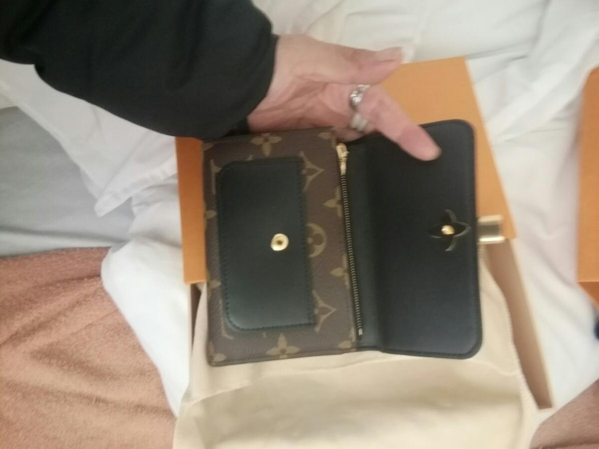 ルイヴィトンショップ購入正規品財布_画像6