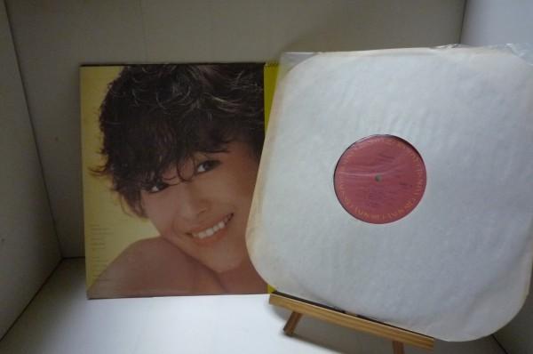 LP盤 松田聖子 / パイナップル (Pineapple) 国内盤・帯付・美盤_画像2